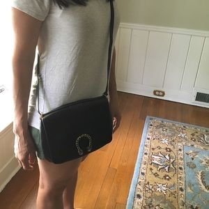Gucci Bags - Gucci Dionysus cross body bag